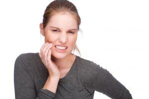 зуб болит