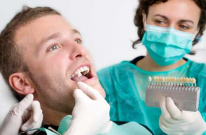 Examination before the teeth implantation