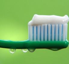 Навіщо потрібен зубам фтор?