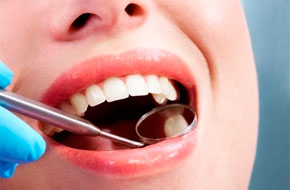 Способи протезування передніх зубів