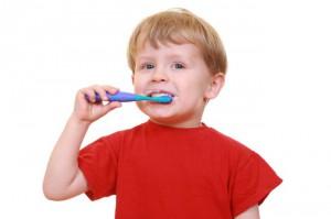 Полезные советы по чистке детских зубов