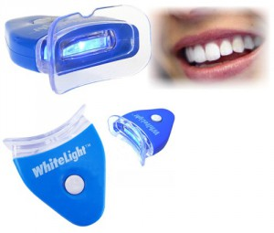 Отбеливание зубов системой White Light
