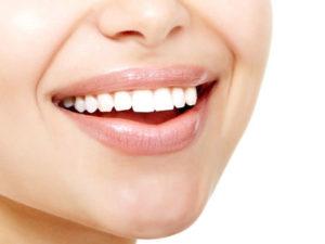Отсутствуют коренные зубы