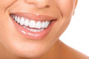желтеют зубы