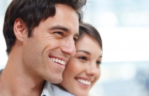 Все плюсы и минусы имплантации зубов