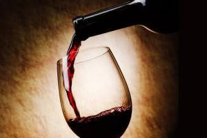 Красное вино полезно для зубов