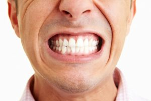 skrezhetanie-zubami